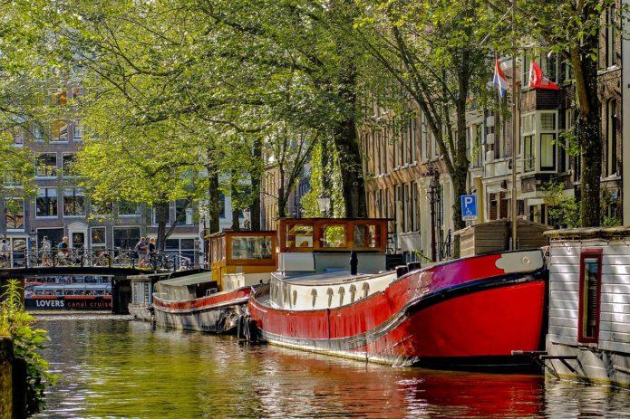 hausboot mieten in amsterdam